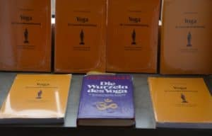 Literatur Yogalehrer Ausbildung